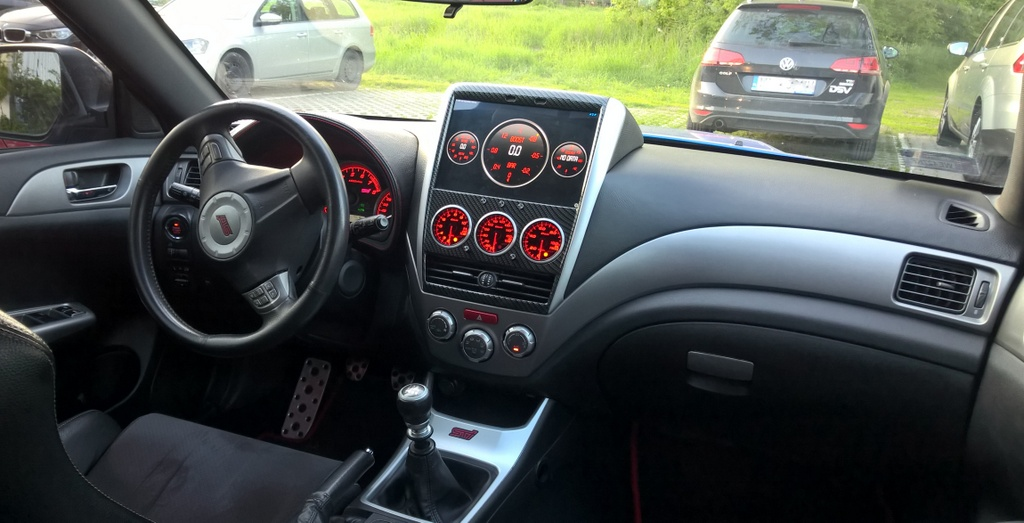 10 inch Android Tablet as Head Unit and DEFI Gauge Pod fixed dash installation-1_prawa_3-jpg
