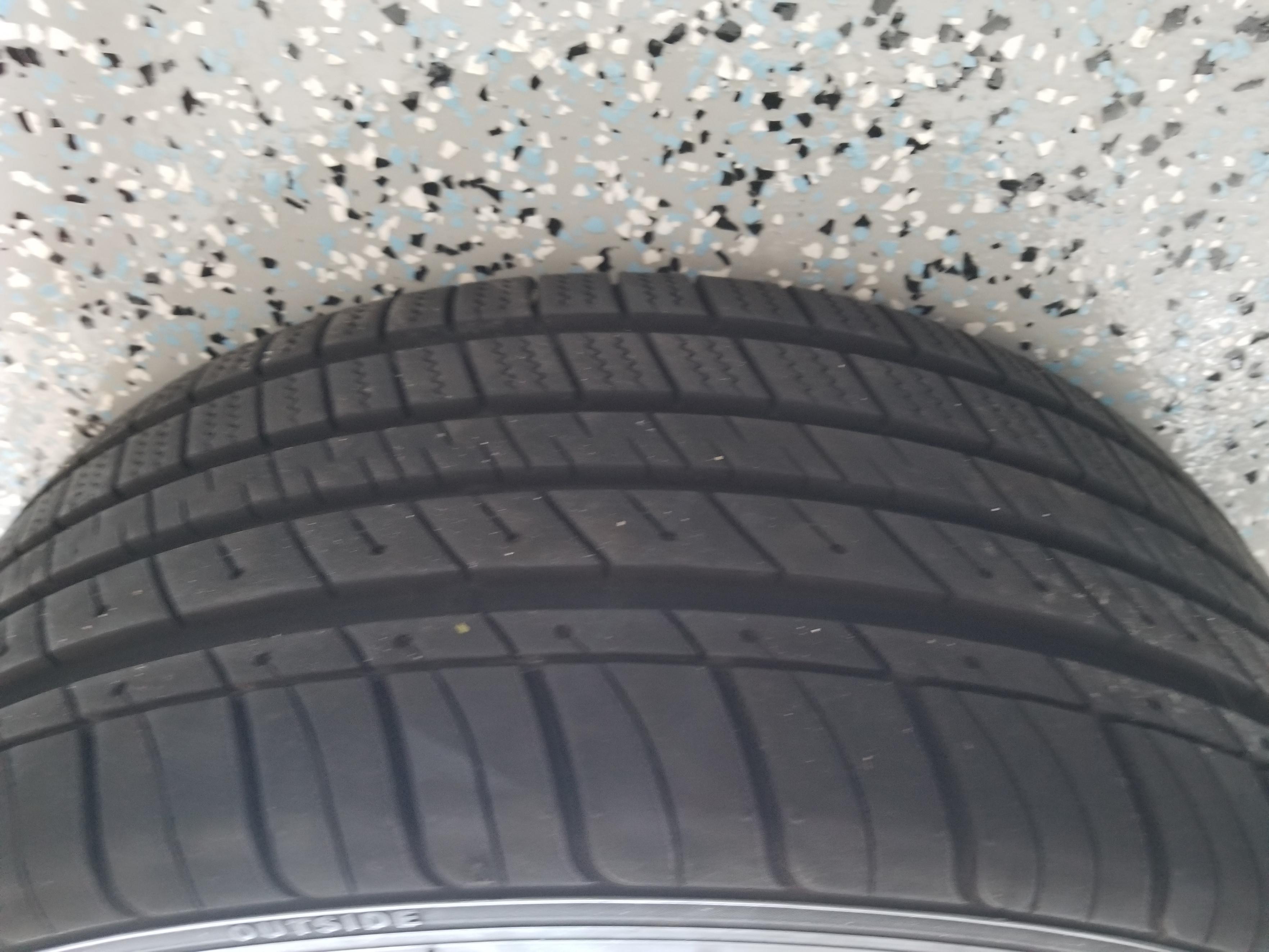 Moda MD20 18x8 with Kumo tires (like new).-20190213_135241-jpg