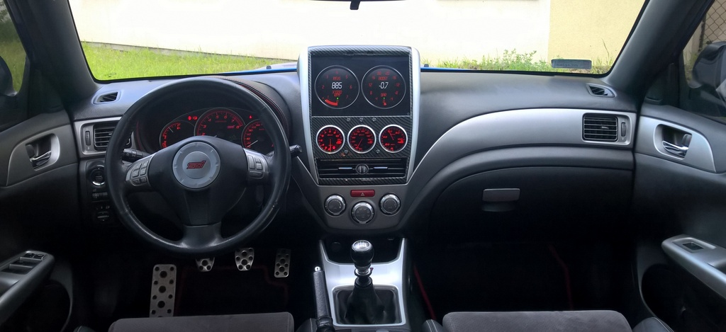 10 inch Android Tablet as Head Unit and DEFI Gauge Pod fixed dash installation-2_srodek_1-001-jpg