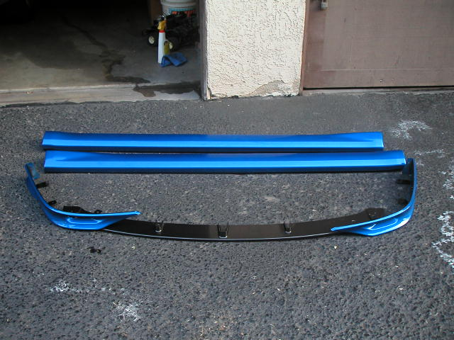 -front_lips_and_sideskirt_front_view-jpg